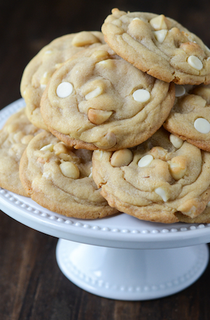 White-Chocolate-Macadamia-Nut-Cookies-1-sm